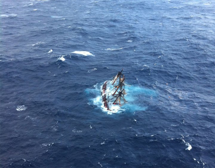 Crew of HMS Bounty II sinking