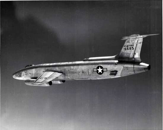 XB-51 showing wing incidence marks, JATO
