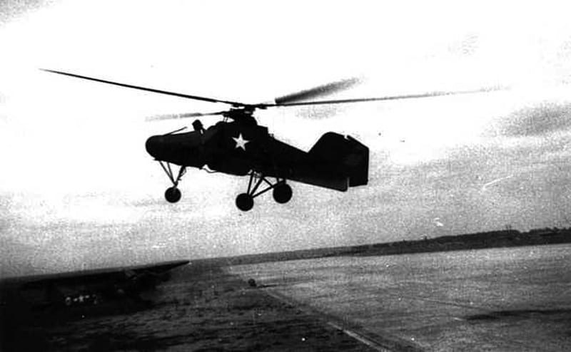 A captured Fl 282 undergoing flight testing by the U.S. Army after the war. The Fl 282 Kolibri was an improved version of the Fl 265 and entered production in 1940. U.S. Army photo