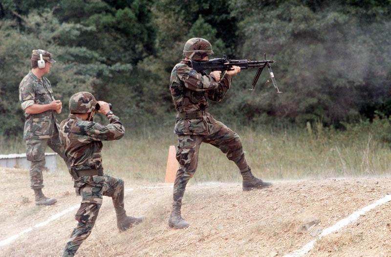 M60 Machine Gun Was Loved, Hated by G I s | Defense Media