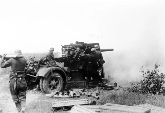 Image result for german 88 flak gun