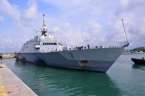 USS Fort Worth (LCS 3) Departs Singapore | Video