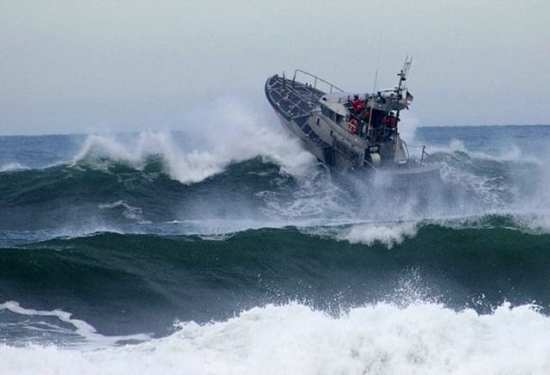 Coast Guard 13th District Surf Training | Video