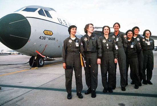 first all female crew
