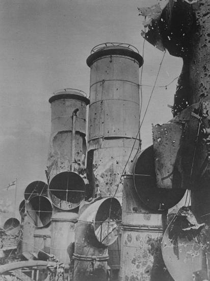 Vindictive-machine-gun-fire-Zeebrugge