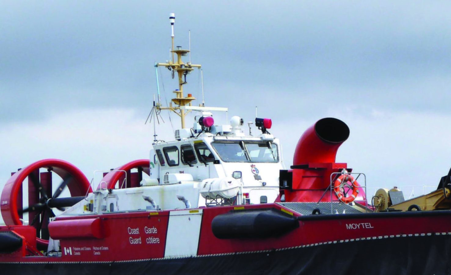 The Canadian Coast Guard Hovercraft Moytel, homeported in Richmond, BC, is equipped with a RHOTHETA RT-500-M radio direction finder. In February 2020, the Canadian Coast Guard awarded a contract to Seacoast Marine Electronics to supply the RT-500-M as a replacement for the ageing radio direction finders installed on their fleet. Seacoast Marine Electronics is a RHOTHETA dealer headquartered in Halifax, Nova Scotia. (ROTHETA image)