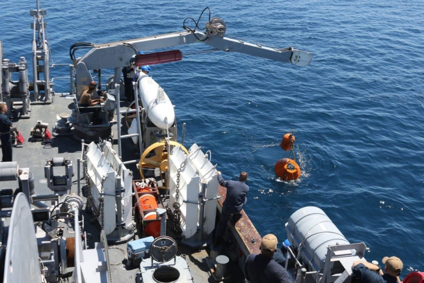 Sailors aboard USS Warrior (MCM 10) deploy a Mine Neutralization Vehicle while conducting mine hunting operations during 2JA Mine Warfare Exercise (MIWEX) in Mutsu Bay, Japan. 2JA MIWEX is an annual bilateral exercise between the U.S. Navy and Japan Maritime Self-Defense Force to strengthen interoperability and increase proficiency in mine countermeasure operations (courtesy photo)