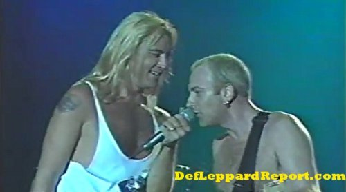 Def-Leppard-Make-Love-Like-A-Man-Joe-Elliott-Phil-Collen-Live-In-Concert