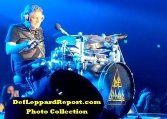 Def Leppard Zappos live Rick Allen