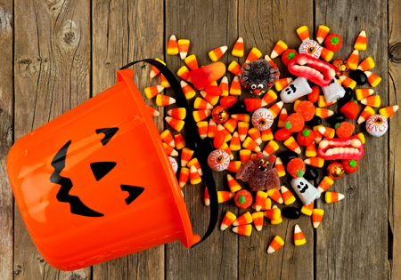 Best and Worst Halloween Candy for Your Teeth - American Dental ...