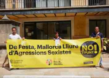 """Santanyí s'adhereix a la campanya """"No i Punt"""""""