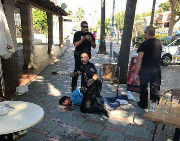 Tres persones resulten ferides per arma de foc en un bar de Peguera