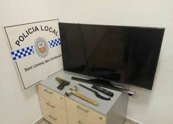 La Policia Local de Sant Llorenç detén a quatre persones per robatori amb una pistola simulada