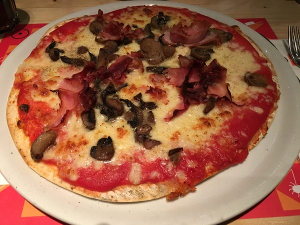 Pizza van Oke Zaterre