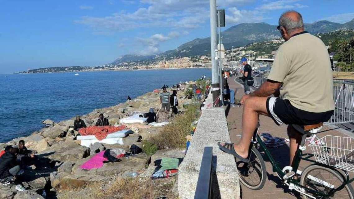 Croce Rossa: Ventimiglia è un problema del CAS