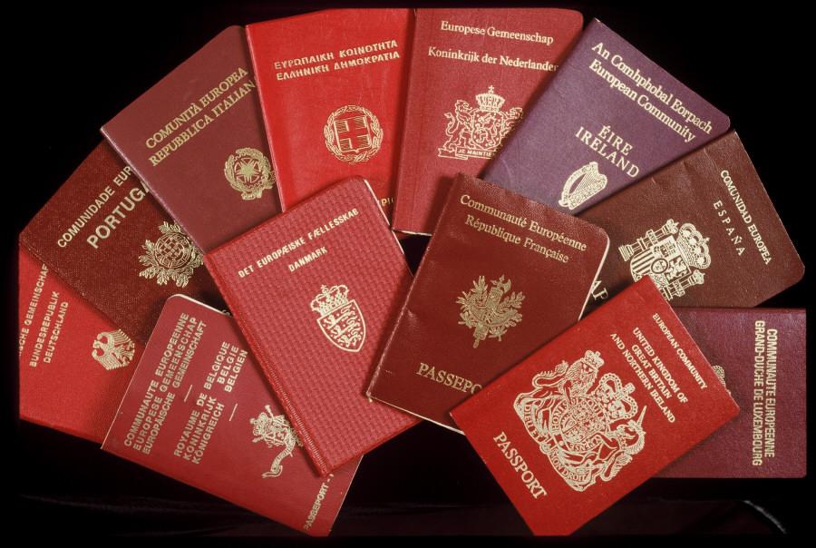 Comprare un passaporto, come e dove