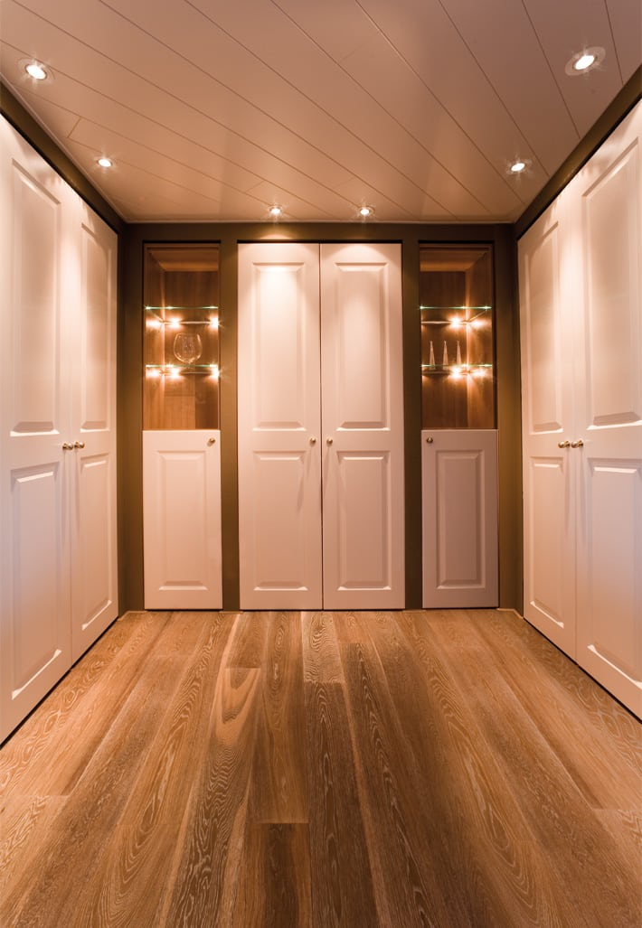 vouwdeurkast en draaideurkasten geheel op maat gemaakt de graaf bv. Black Bedroom Furniture Sets. Home Design Ideas