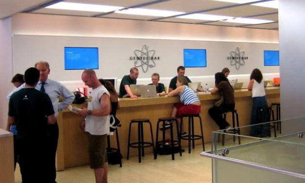 At Apple Genuis Bar