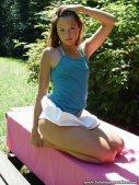 teen-girl-034