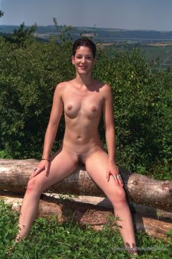 nudist_23
