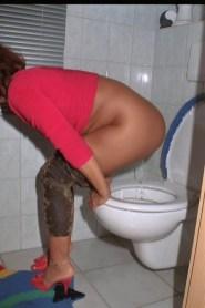 rote-toilette-7