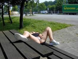 versaut-im-park-05