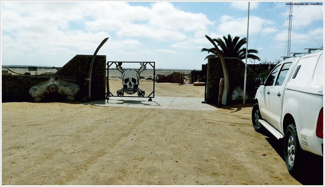namibia eingangstor skelettkueste
