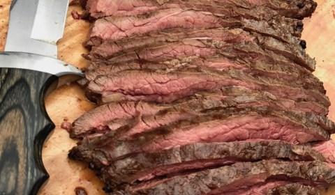 Flank Steak aufgeschnitten