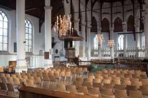 Kerkstoelen koppelbaar Lynx Casala in de Martinikerk