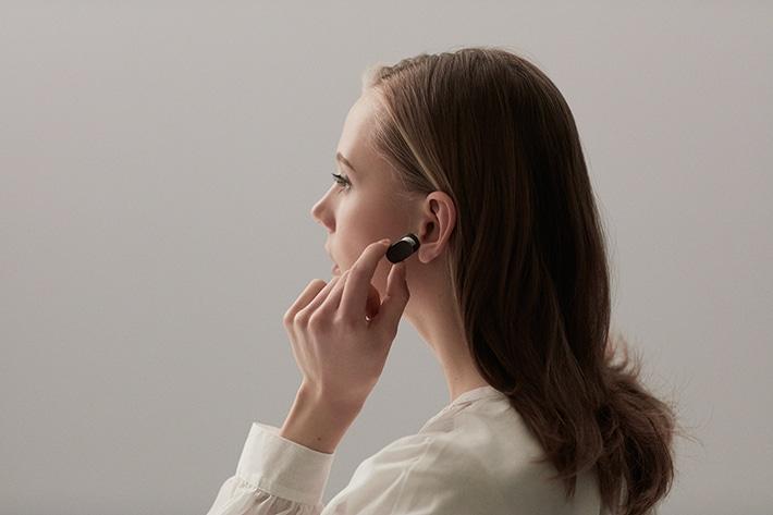 Xperia-Ear-Lifestyle-Touch-5d21c61813598eeb229f9b08ef72d704