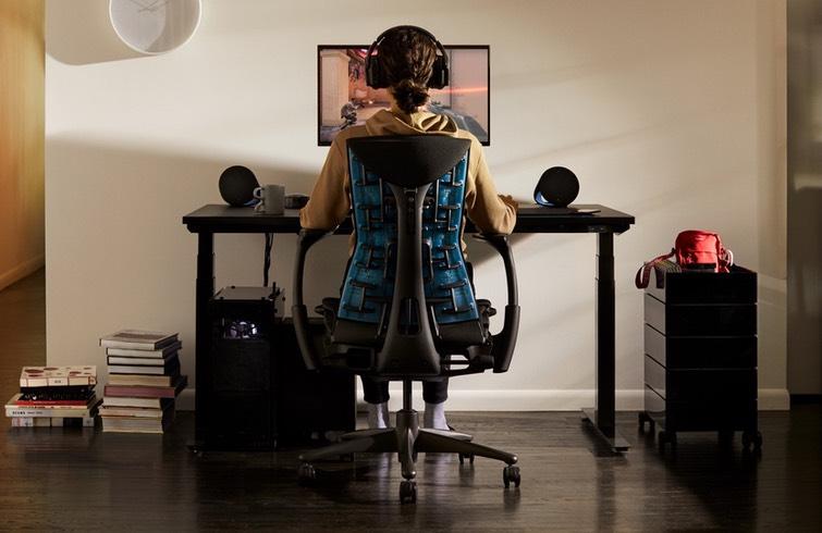 Silla Gaming Embody - Logitech & Herman Miller