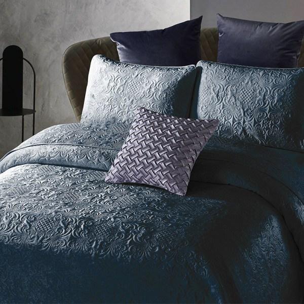 DreamHouse Bedding Bedsprei - Velvet Clara - Indigo 180 x 250 cm