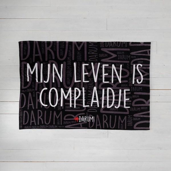 #DARUM! - Plaid - Complaidje #DARUM! Tekst 130 x 170 cm - Ga naar Dekbed-Discounter.nl & Profiteer Nu