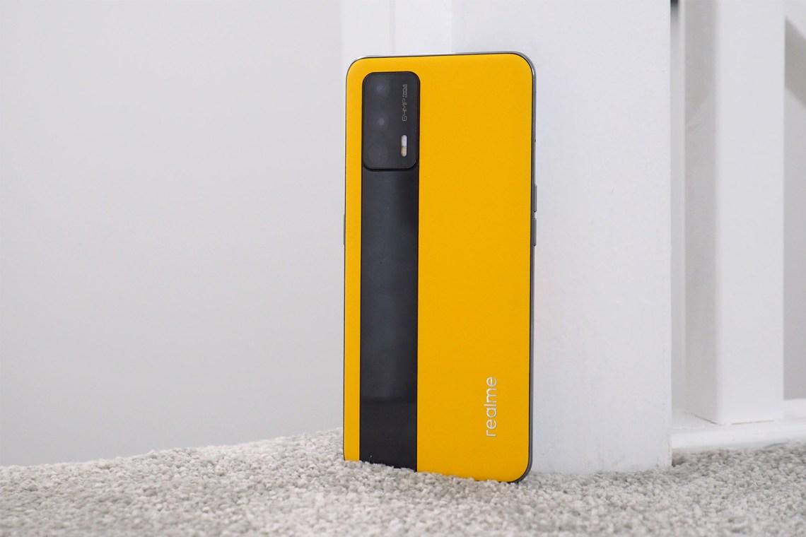 157309 phones review realme gt review image2 2t0i9kszuv