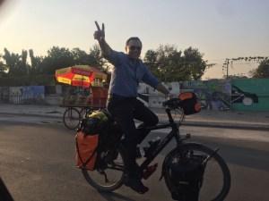 savir-on-mos-bike