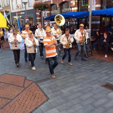 Vlaggenparade Run Winschoten 2015