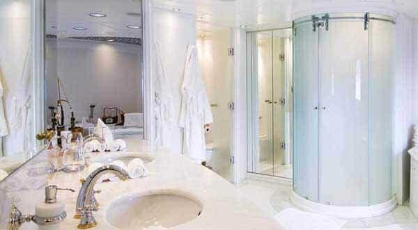 Duşakabin nasıl temizlenir?
