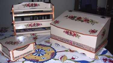 ahsap-boyama-ekmek-kutusu-yapilisi