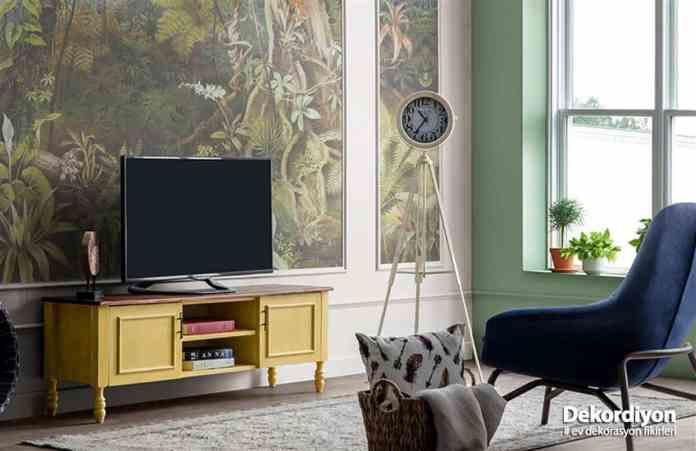 Oturma odasına televizyon sehpası