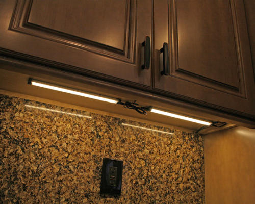 Dove what's so cool about kitchen cabinets? A Kitchen Remodel by Punta Gorda, Florida's Simply Cabinets