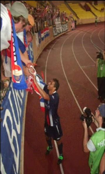 Het Stade Louis II bleek uitermate geschikt voor de ereronde van Raymond Victoria.