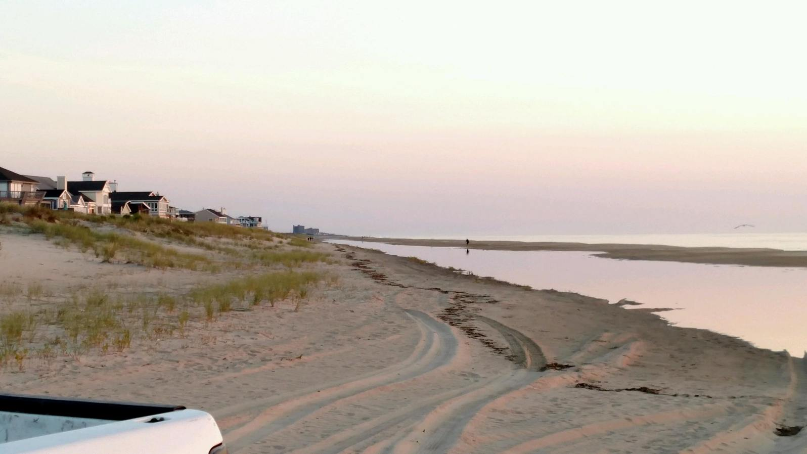 Extreme high tides close drive on beaches for Island beach state park fishing report