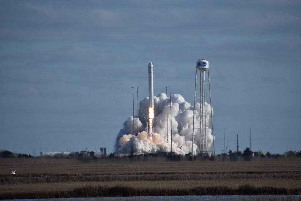 antares, cygnus, nasa, wallops flight facility, launch pad, remote camera