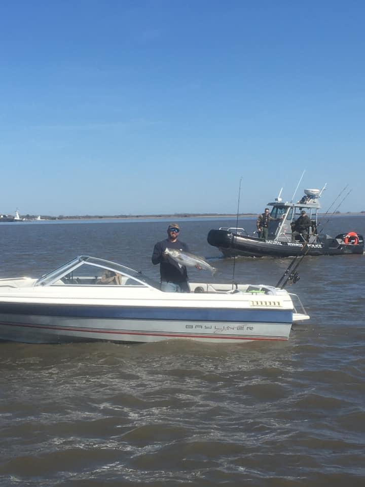 dnrec enforcement, striped bass, rockfish, delaware, sussex county, bunker chunks, delaware river, port penn, augustine beach