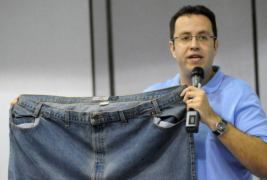 DEL CINE AL HOSPITAL Breve catálogo de imbecilidades para perder peso. [Flash]