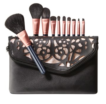make-up brushes, quo, shoppers drug mart, holiday 2013, gift guide