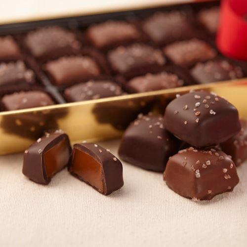 Purdys HimalayanPinkSaltCaramels, Purdy's, chocolate, Purdy's chocolatier, holiday gifts 2013, holiday 2013
