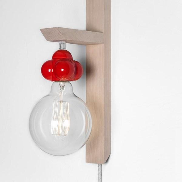Lámpara Atomo casquillo rojo de Juan Ruiz Rivas