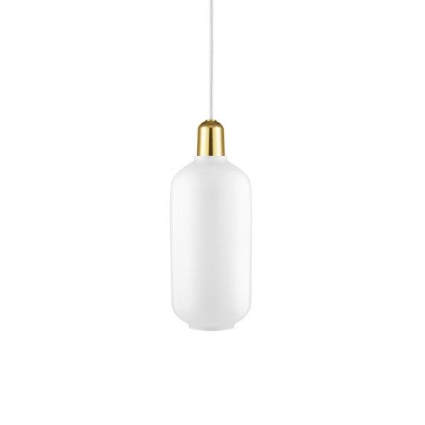 Lampara AMP large de Normann Copenhagen con casquillo en latón y tulipa de cristal blanco