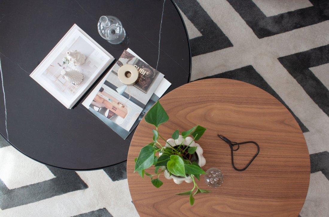 mesas de centro de un proyecto de diseño de interiores de Deleite Design